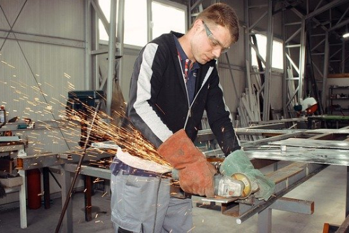 How to Start a Car Workshop Business